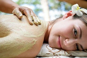 aishahradhiahspa-treatment-full-body-scrub-600x348